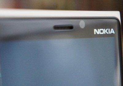 بررسی تخصصی نوکیا Lumia 920